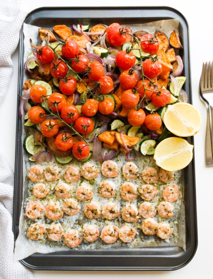 Mediterranean Baked Prawns with Vegetables